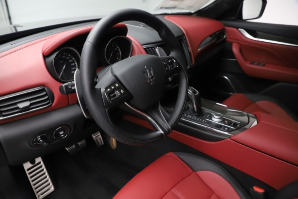 New 2020 Maserati Levante S Q4 GranSport for sale $99,985 at Rolls-Royce Motor Cars Greenwich in Greenwich CT 06830 13