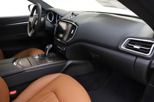 New 2020 Maserati Ghibli S Q4 for sale $82,385 at Rolls-Royce Motor Cars Greenwich in Greenwich CT 06830 22