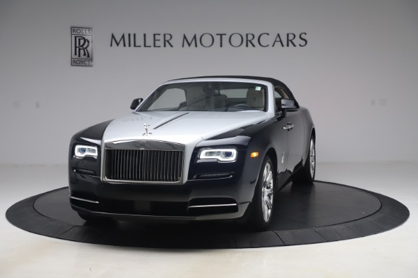 Used 2017 Rolls-Royce Dawn Base for sale Call for price at Rolls-Royce Motor Cars Greenwich in Greenwich CT 06830 10