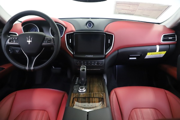New 2020 Maserati Ghibli S Q4 for sale Sold at Rolls-Royce Motor Cars Greenwich in Greenwich CT 06830 16