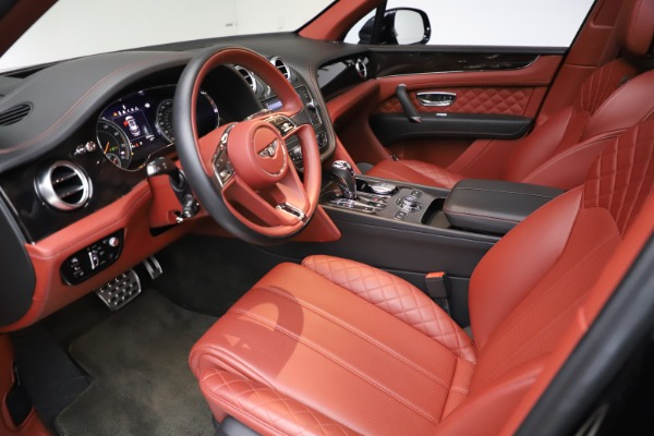 Used 2017 Bentley Bentayga W12 for sale $145,900 at Rolls-Royce Motor Cars Greenwich in Greenwich CT 06830 17