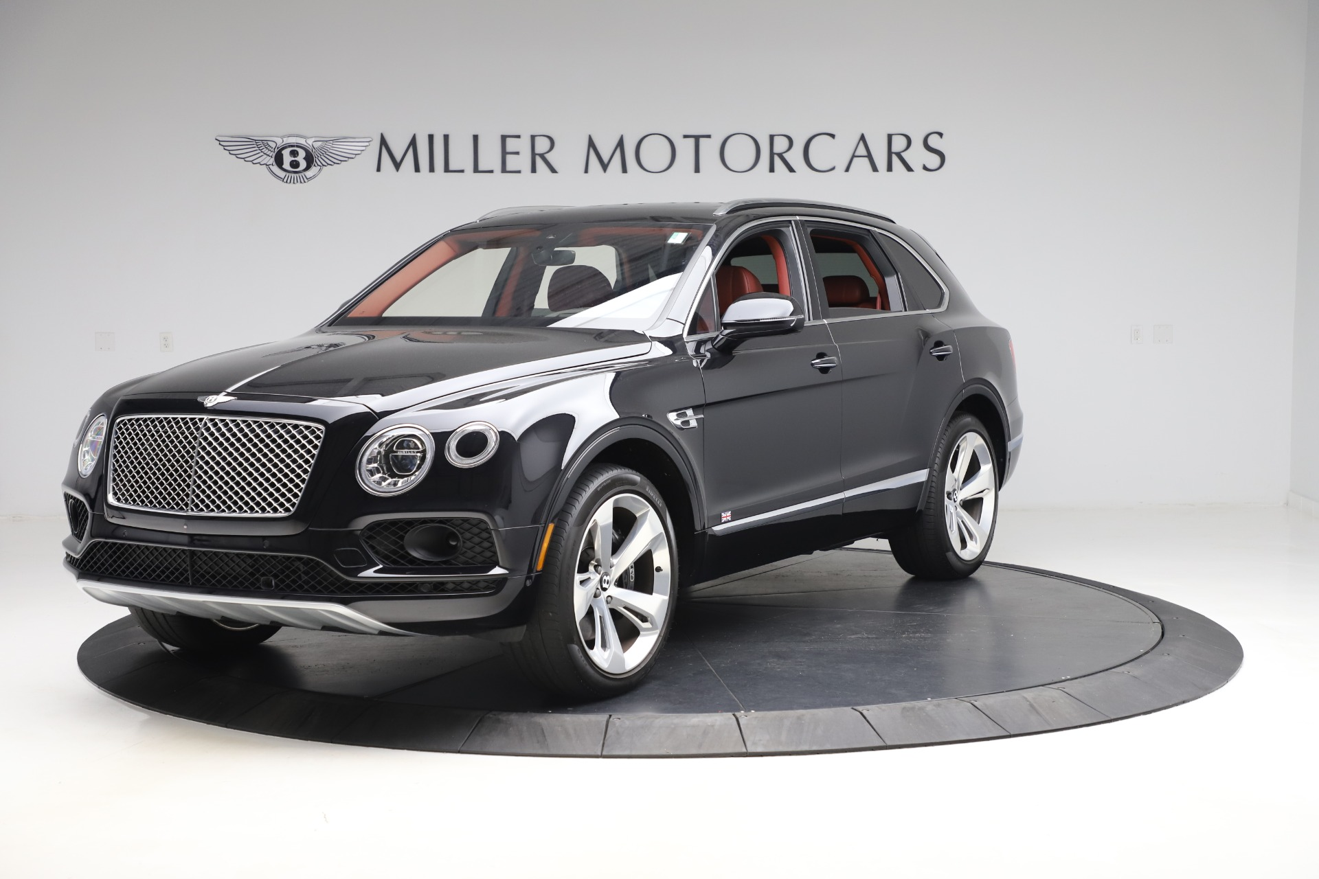 Used 2017 Bentley Bentayga W12 for sale $145,900 at Rolls-Royce Motor Cars Greenwich in Greenwich CT 06830 1