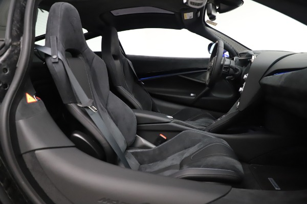 New 2020 McLaren 720S Performance for sale $349,050 at Rolls-Royce Motor Cars Greenwich in Greenwich CT 06830 19
