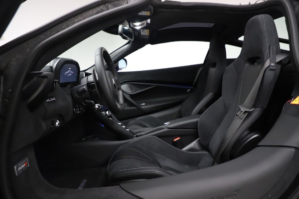 New 2020 McLaren 720S Coupe for sale $349,050 at Rolls-Royce Motor Cars Greenwich in Greenwich CT 06830 21