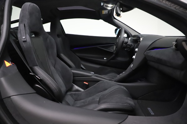 New 2020 McLaren 720S Performance for sale $347,550 at Rolls-Royce Motor Cars Greenwich in Greenwich CT 06830 17