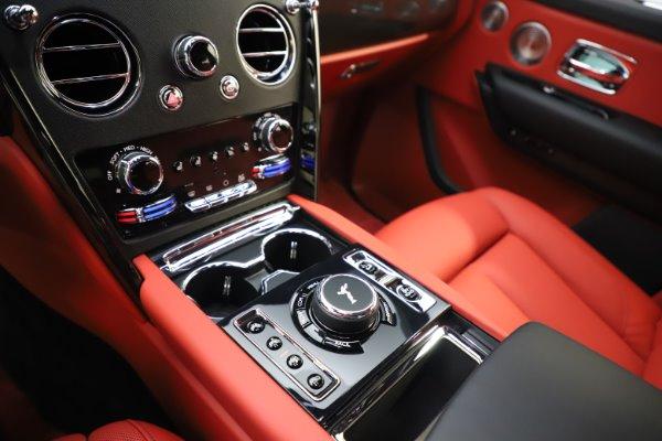 New 2020 Rolls-Royce Cullinan Black Badge for sale $433,950 at Rolls-Royce Motor Cars Greenwich in Greenwich CT 06830 20