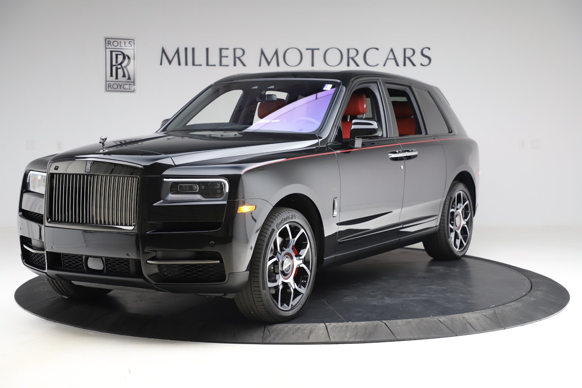 New 2020 Rolls-Royce Cullinan Black Badge for sale $433,950 at Rolls-Royce Motor Cars Greenwich in Greenwich CT 06830 1