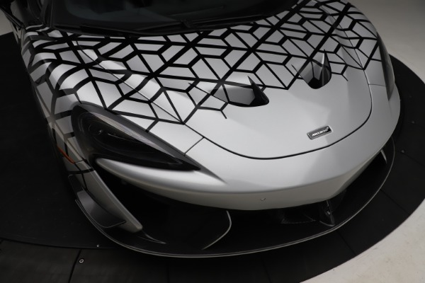 New 2020 McLaren 620R Coupe for sale Sold at Rolls-Royce Motor Cars Greenwich in Greenwich CT 06830 17