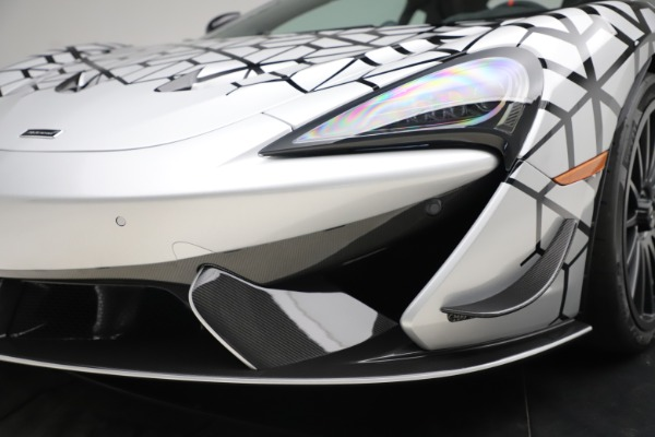 New 2020 McLaren 620R Coupe for sale Sold at Rolls-Royce Motor Cars Greenwich in Greenwich CT 06830 26