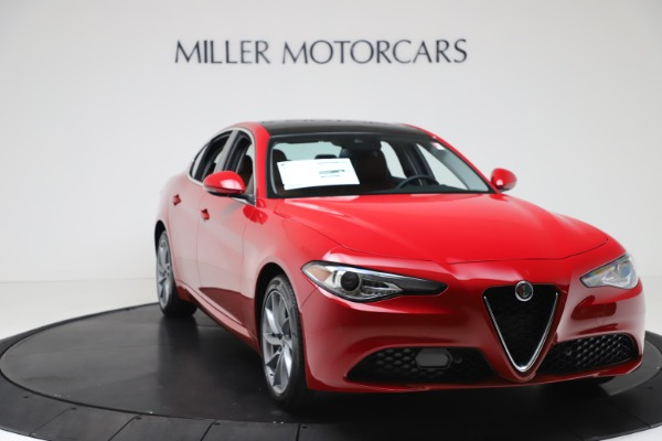 New 2020 Alfa Romeo Giulia Q4 for sale $46,395 at Rolls-Royce Motor Cars Greenwich in Greenwich CT 06830 11