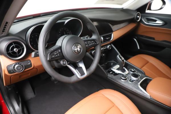 New 2020 Alfa Romeo Giulia Q4 for sale $46,395 at Rolls-Royce Motor Cars Greenwich in Greenwich CT 06830 13
