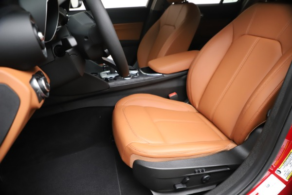 New 2020 Alfa Romeo Giulia Q4 for sale $46,395 at Rolls-Royce Motor Cars Greenwich in Greenwich CT 06830 15
