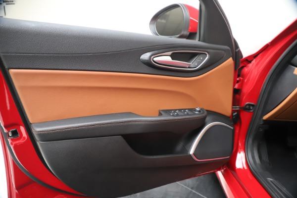 New 2020 Alfa Romeo Giulia Q4 for sale $46,395 at Rolls-Royce Motor Cars Greenwich in Greenwich CT 06830 17