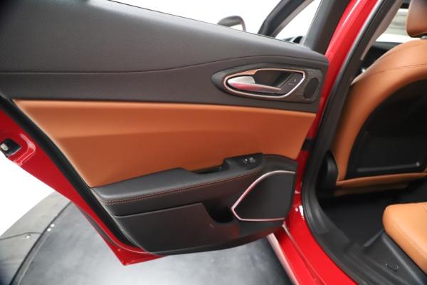 New 2020 Alfa Romeo Giulia Q4 for sale $46,395 at Rolls-Royce Motor Cars Greenwich in Greenwich CT 06830 21