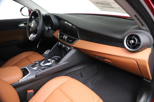 New 2020 Alfa Romeo Giulia Q4 for sale $46,395 at Rolls-Royce Motor Cars Greenwich in Greenwich CT 06830 22