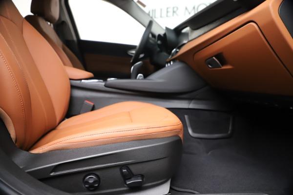 New 2020 Alfa Romeo Giulia Q4 for sale $46,395 at Rolls-Royce Motor Cars Greenwich in Greenwich CT 06830 23
