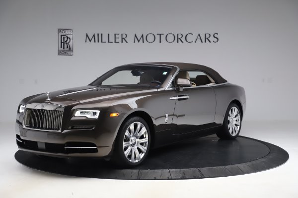 Used 2017 Rolls-Royce Dawn Base for sale $248,900 at Rolls-Royce Motor Cars Greenwich in Greenwich CT 06830 13
