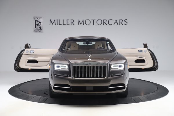 Used 2017 Rolls-Royce Dawn Base for sale $248,900 at Rolls-Royce Motor Cars Greenwich in Greenwich CT 06830 20