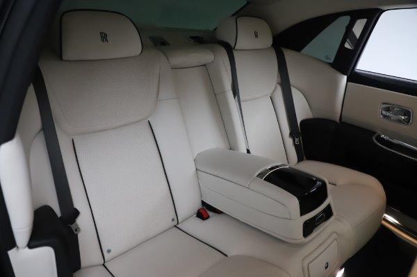 Used 2015 Rolls-Royce Ghost for sale $156,900 at Rolls-Royce Motor Cars Greenwich in Greenwich CT 06830 15