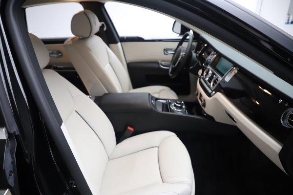 Used 2015 Rolls-Royce Ghost for sale $156,900 at Rolls-Royce Motor Cars Greenwich in Greenwich CT 06830 16