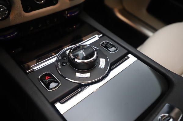 Used 2015 Rolls-Royce Ghost for sale $156,900 at Rolls-Royce Motor Cars Greenwich in Greenwich CT 06830 20