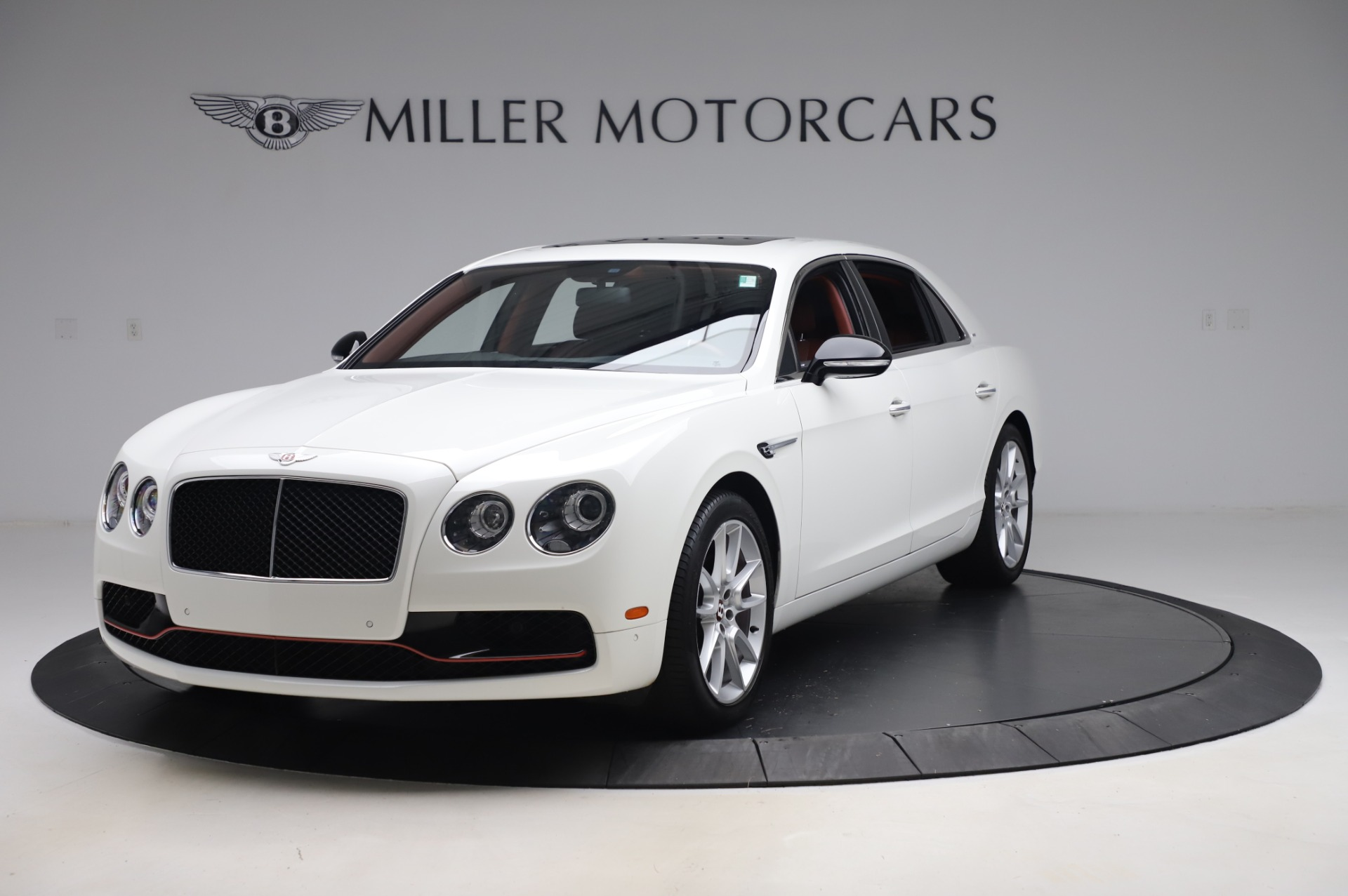 Used 2018 Bentley Flying Spur V8 S for sale $157,900 at Rolls-Royce Motor Cars Greenwich in Greenwich CT 06830 1