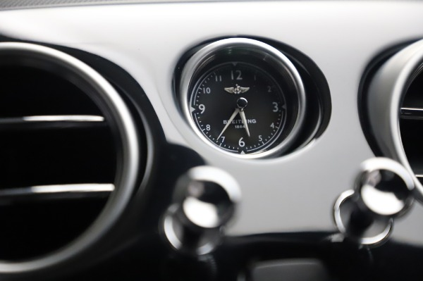 Used 2017 Bentley Continental GT V8 S for sale $133,900 at Rolls-Royce Motor Cars Greenwich in Greenwich CT 06830 24