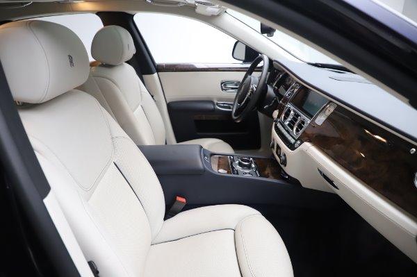 Used 2016 Rolls-Royce Ghost for sale $173,900 at Rolls-Royce Motor Cars Greenwich in Greenwich CT 06830 13