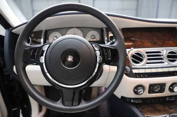 Used 2016 Rolls-Royce Ghost for sale $173,900 at Rolls-Royce Motor Cars Greenwich in Greenwich CT 06830 19