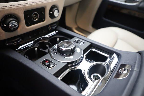 Used 2016 Rolls-Royce Ghost for sale $173,900 at Rolls-Royce Motor Cars Greenwich in Greenwich CT 06830 21