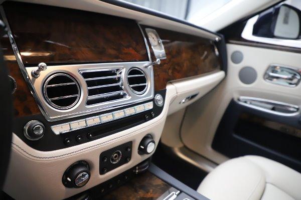 Used 2016 Rolls-Royce Ghost for sale $173,900 at Rolls-Royce Motor Cars Greenwich in Greenwich CT 06830 22