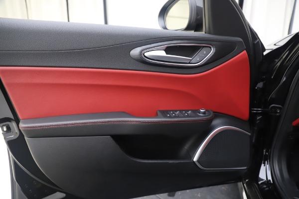 New 2020 Alfa Romeo Giulia Q4 for sale $48,445 at Rolls-Royce Motor Cars Greenwich in Greenwich CT 06830 17