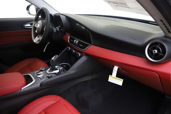 New 2020 Alfa Romeo Giulia Q4 for sale $48,445 at Rolls-Royce Motor Cars Greenwich in Greenwich CT 06830 22