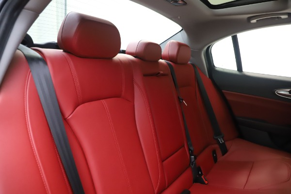 New 2020 Alfa Romeo Giulia Q4 for sale $48,445 at Rolls-Royce Motor Cars Greenwich in Greenwich CT 06830 26