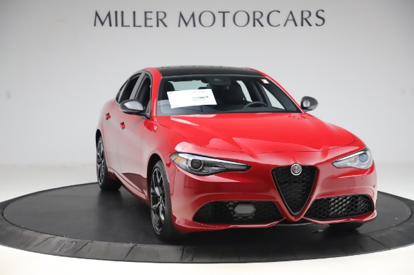 New 2020 Alfa Romeo Giulia Sport Q4 for sale Call for price at Rolls-Royce Motor Cars Greenwich in Greenwich CT 06830 11