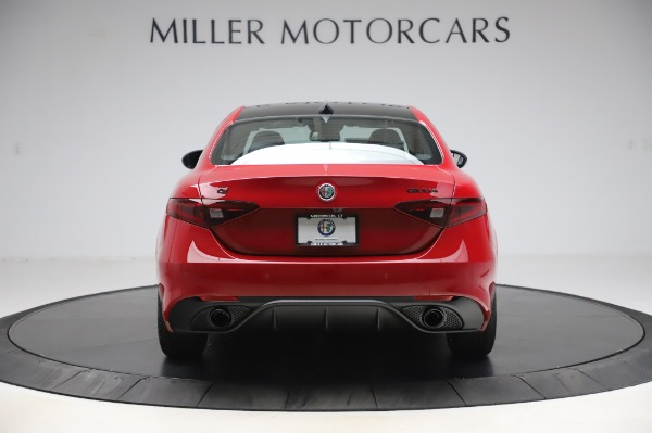 New 2020 Alfa Romeo Giulia Sport Q4 for sale Call for price at Rolls-Royce Motor Cars Greenwich in Greenwich CT 06830 6