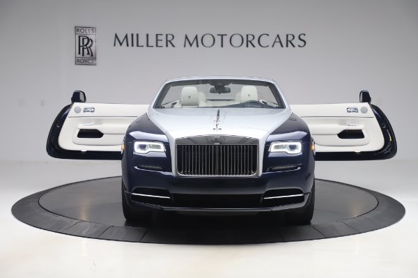 Used 2017 Rolls-Royce Dawn Base for sale $248,900 at Rolls-Royce Motor Cars Greenwich in Greenwich CT 06830 11