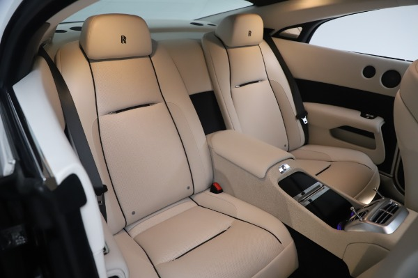 Used 2015 Rolls-Royce Wraith Base for sale $178,900 at Rolls-Royce Motor Cars Greenwich in Greenwich CT 06830 15