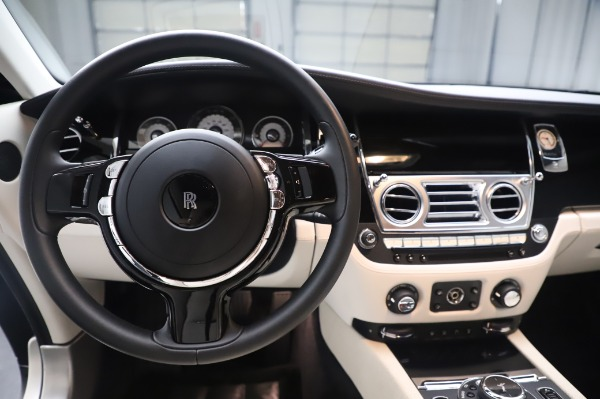 Used 2015 Rolls-Royce Wraith Base for sale $178,900 at Rolls-Royce Motor Cars Greenwich in Greenwich CT 06830 17