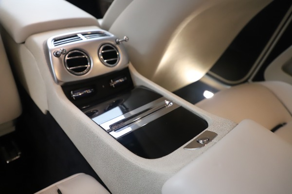 Used 2015 Rolls-Royce Wraith Base for sale Sold at Rolls-Royce Motor Cars Greenwich in Greenwich CT 06830 24