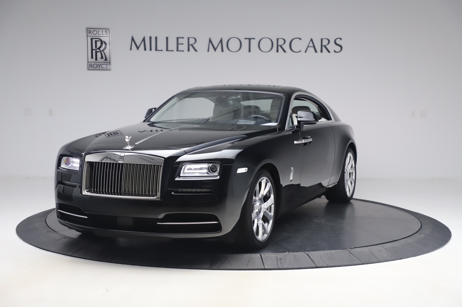 Used 2015 Rolls-Royce Wraith Base for sale Sold at Rolls-Royce Motor Cars Greenwich in Greenwich CT 06830 1