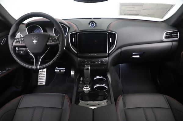New 2020 Maserati Ghibli S Q4 GranSport for sale $94,935 at Rolls-Royce Motor Cars Greenwich in Greenwich CT 06830 16