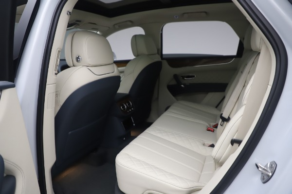Used 2020 Bentley Bentayga Hybrid for sale $185,900 at Rolls-Royce Motor Cars Greenwich in Greenwich CT 06830 22