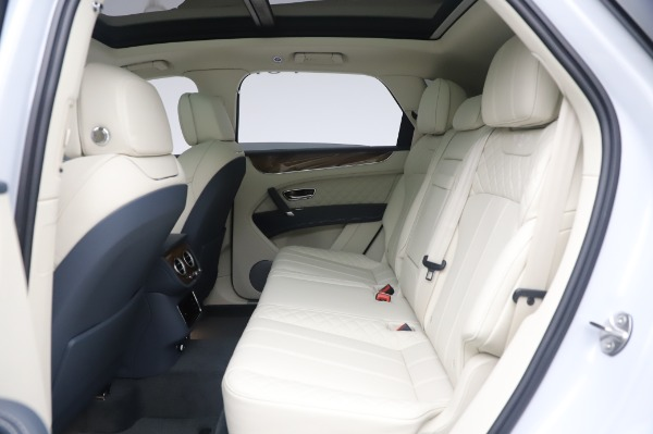 Used 2020 Bentley Bentayga Hybrid for sale $185,900 at Rolls-Royce Motor Cars Greenwich in Greenwich CT 06830 23