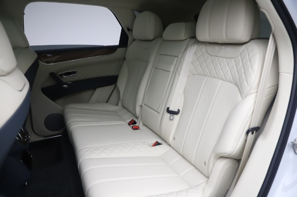 Used 2020 Bentley Bentayga Hybrid for sale $185,900 at Rolls-Royce Motor Cars Greenwich in Greenwich CT 06830 24