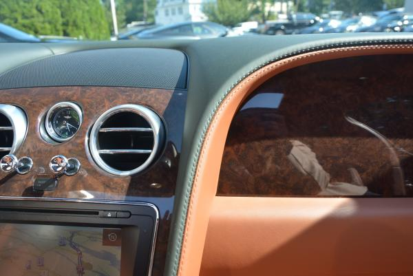 Used 2016 Bentley Flying Spur W12 for sale Sold at Rolls-Royce Motor Cars Greenwich in Greenwich CT 06830 28