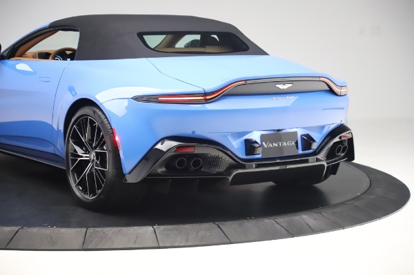 New 2021 Aston Martin Vantage Roadster for sale Call for price at Rolls-Royce Motor Cars Greenwich in Greenwich CT 06830 25