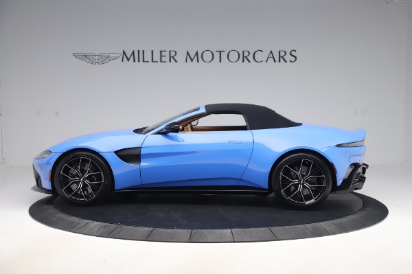 New 2021 Aston Martin Vantage Roadster for sale Call for price at Rolls-Royce Motor Cars Greenwich in Greenwich CT 06830 27