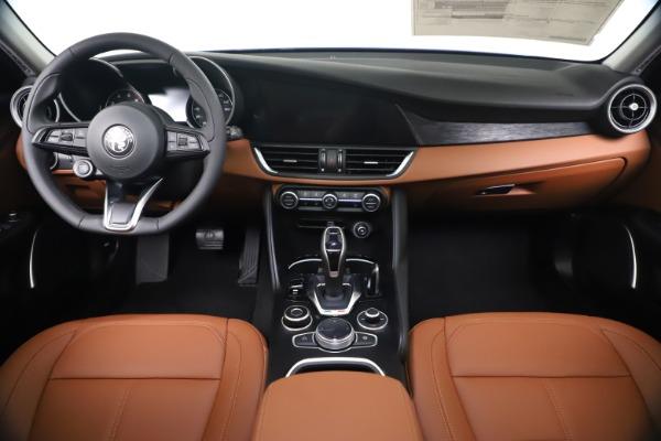 New 2020 Alfa Romeo Giulia Q4 for sale $45,445 at Rolls-Royce Motor Cars Greenwich in Greenwich CT 06830 16