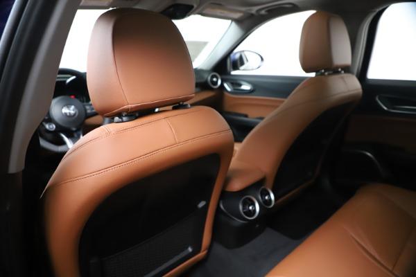 New 2020 Alfa Romeo Giulia Q4 for sale $45,445 at Rolls-Royce Motor Cars Greenwich in Greenwich CT 06830 20
